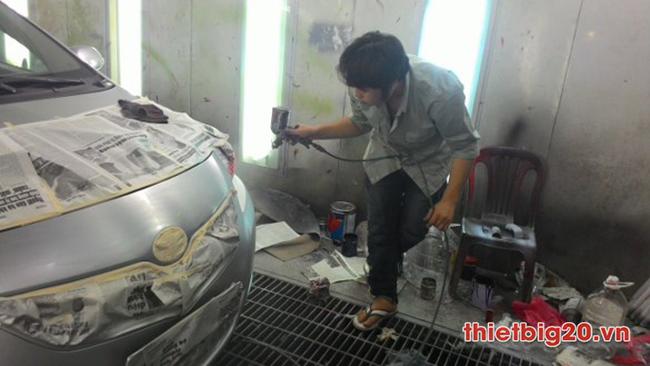 Nên sơn ô tô hay dán Decal ô tô