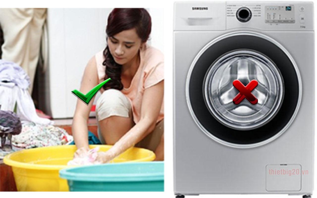 Không nên giặt máy đệm hơi xe ô tô