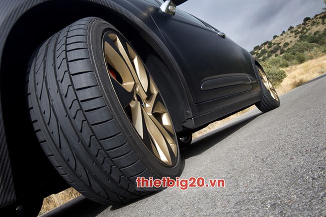 7 ngyên nhân chính khiến lốp ô tô bị mòn không đều